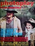 """JOHN WAYNE & KATHARINE HEPBURN - Titelstory der """"photoplay"""" von 1975"""